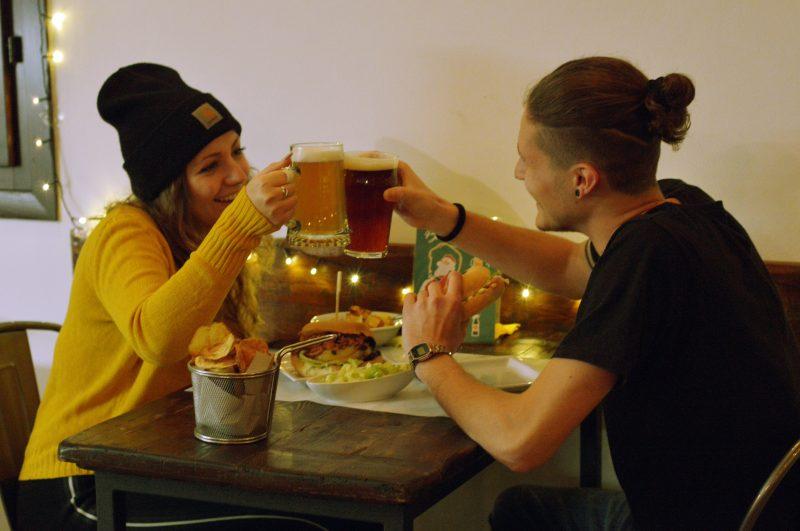 Cena in compagnia